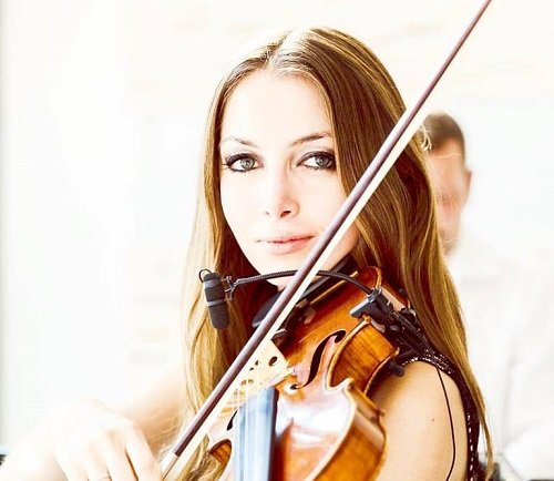 Solo Female Violinist For Events